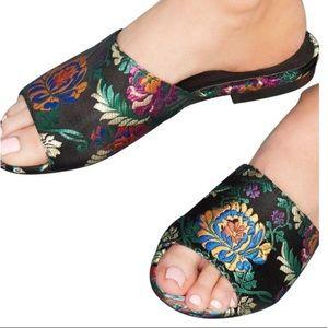 🆕rare Chio Floral Brocade Slides